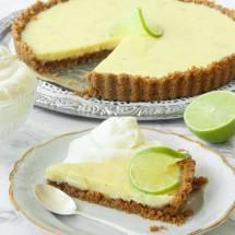 Sötsur Key Lime Pie –ljuvligt god & lätt att baka! Klicka här för recept!