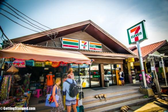 7-eleven walking street Koh Lipe