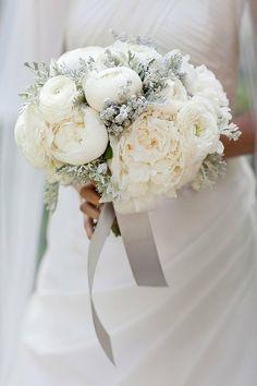 brudebukett peoner