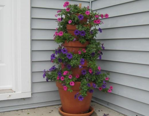 terrakotta potter tårn blomsterpotter