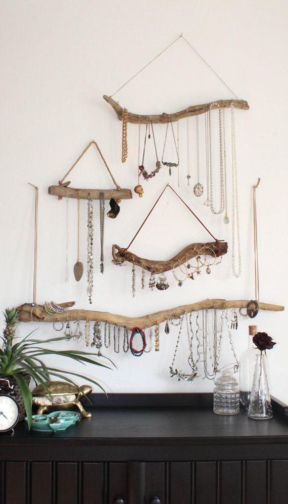 smykkeoppheng-laget-av-rekved-og-tau-kjetting