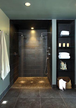 bad-med-morke-fliser-dusj