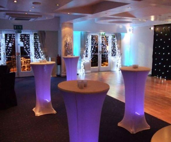 Coctail spandex bord trekk hvite med lys under