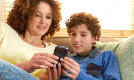 The Social Media Contract That Will Get You and Your Kids Talking