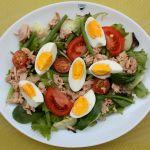 Tunča jeb Nicas salāti (Salade Niçoise)