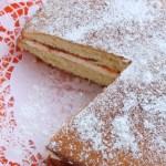 Britu tradicionālā kūka 'Victoria sponge'