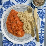 Kvinoja ar tomātu-baklažānu mērci