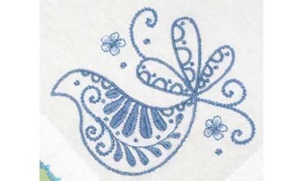 Quick & Easy Fantasy Bird Spring Napkins