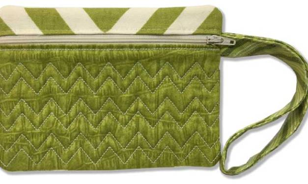 How to Make An In-the-Hoop Zippered Accessory Bag