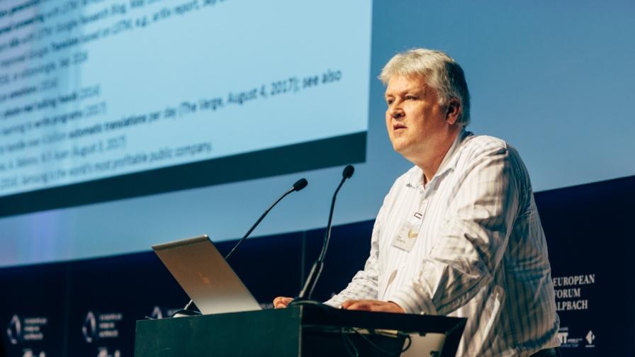Univ.-Prof. Dr. Sepp Hochreiter vom Institut für Machine Learning an der JKU in Linz bei den Technologiegesprächen im Europäischen Forum Alpbach 2019. (Bild: © EFA / Iryna Yeroshko)
