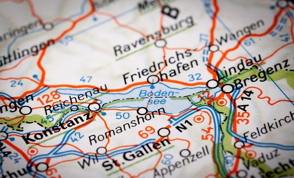 Frau handelt stellvertretend für Gemeinden Hohenems, Lustenau und Diepoldsau (CH). (Bild: © marcoscisetti)