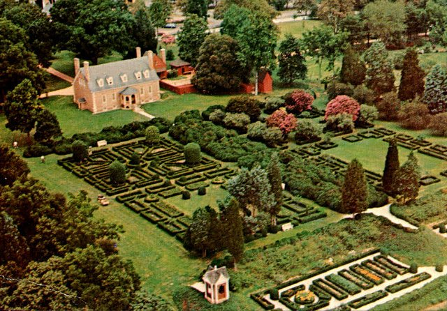 Vintage Gunston Hall postcard