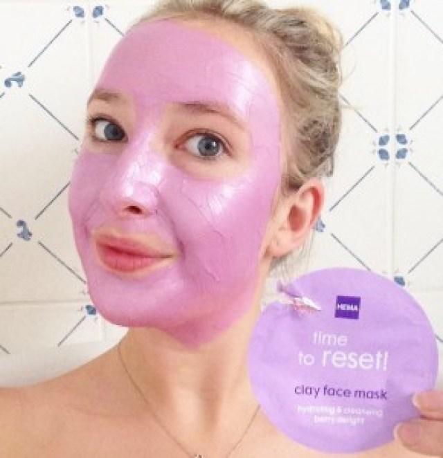 HEMA Time To Reset Masker