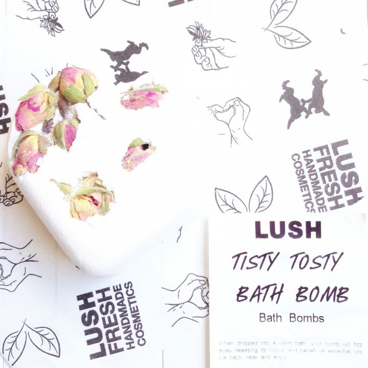 LUSH Tisty Tosty Bath Bomb