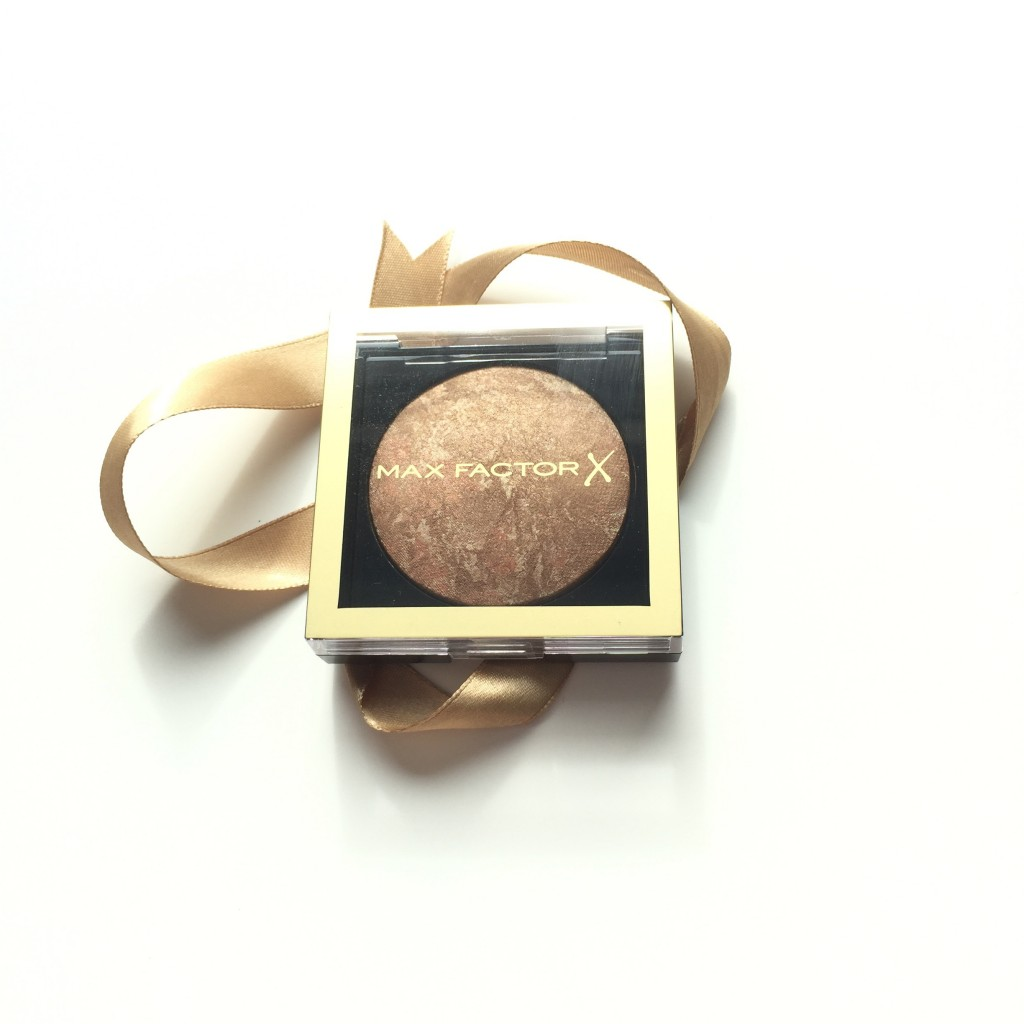 Max Factor Creme Bronzer in 10 Bronze