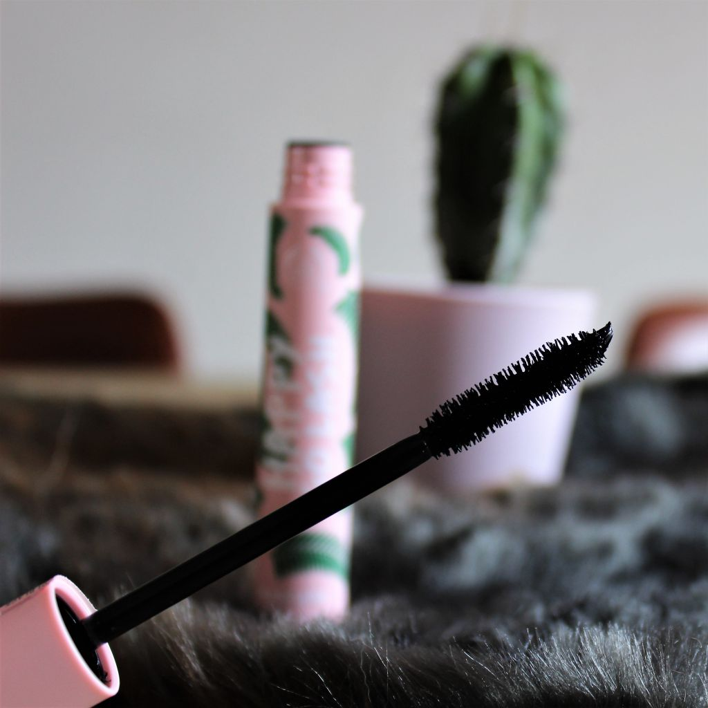 The Body Shop Happy Go Lash Mascara