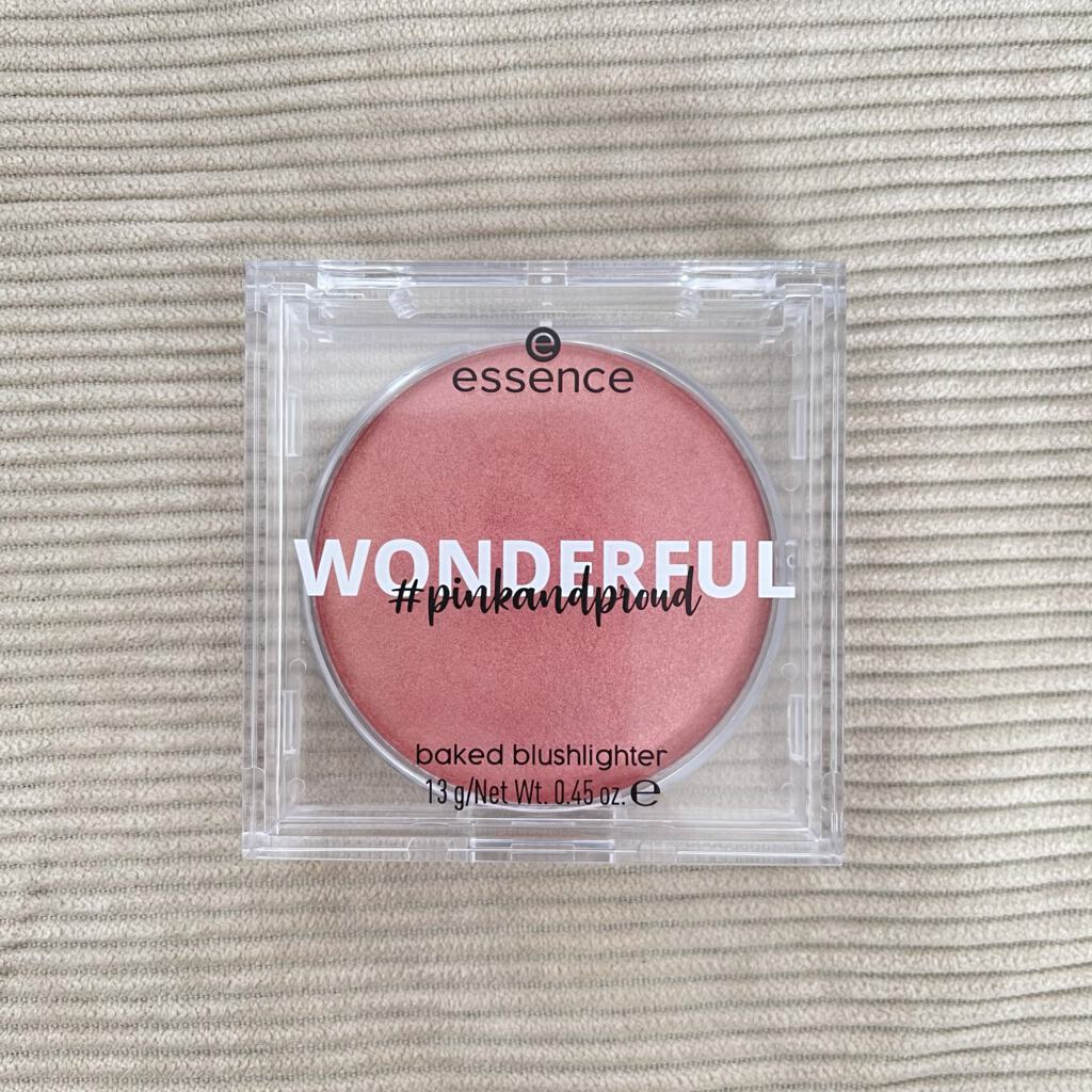 Essence WONDERFUL baked blushlighter