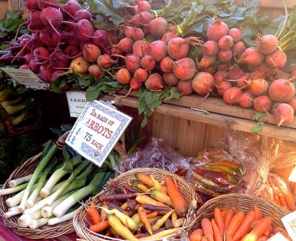 Seasonal produce is always in abundance, and now is a great time to take advantage of the fresh apples, beets, carrots, green beans, kale, radishes, and more.