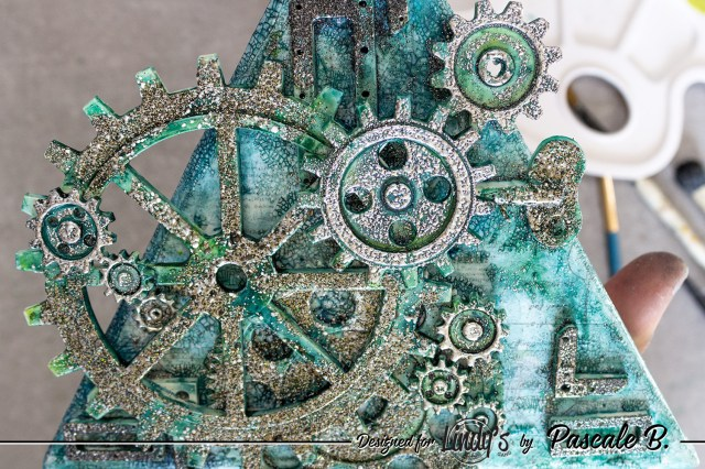 Be in the moment - Mixed media canvas by Pascale B.
