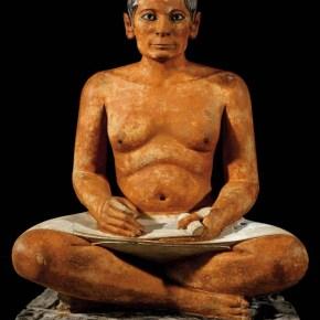 El Escriba sentado del Louvre, anónimo egipcio (2600-2350 a. C.).