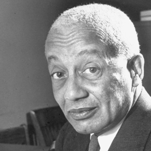 Alain LeRoy Locke, padrino intelectual del Harlem Renaissance.