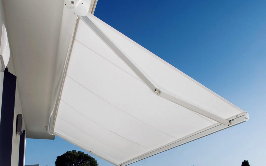 Awnings with box
