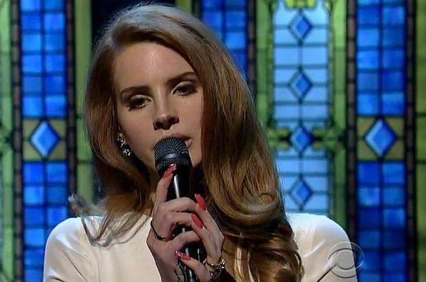 拉娜德芮 Lana Del Rey : Video Games 你有活著的意義了,那我呢