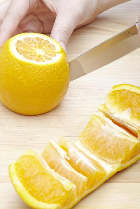7 τρικ για να κόβεται τα φρούτα σας5
