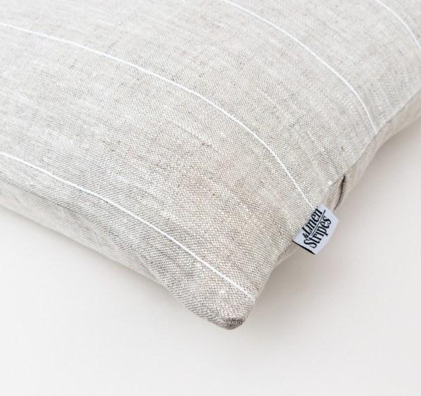 linen and stripes Beige linen white cotton line square2