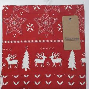 Raine & Humble - Christmas Scenes of the Season Apron
