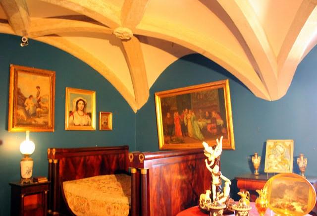Shades of blue, Pena National Palace