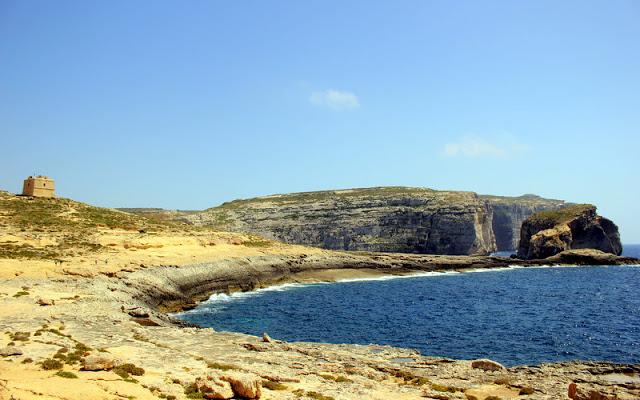 Dwerja Bay