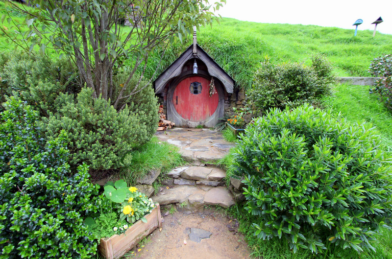 Fancy hobbit hole
