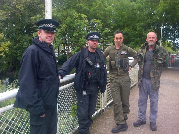 3.VB Rob Anderson (right), with Joe Kitansono of the EA, and Kent Police officers – joined up working like this is essential.