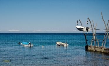 Barche Savudrija sullo sfondo le montagne italiane