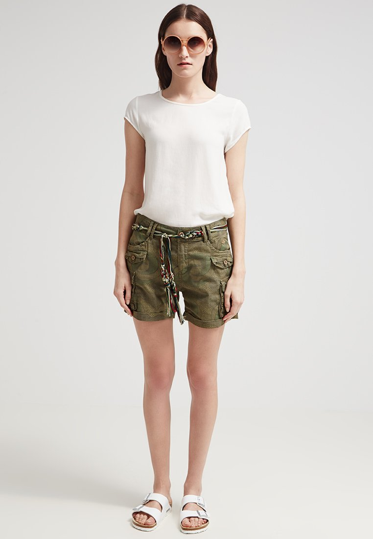 short-safari-zalando