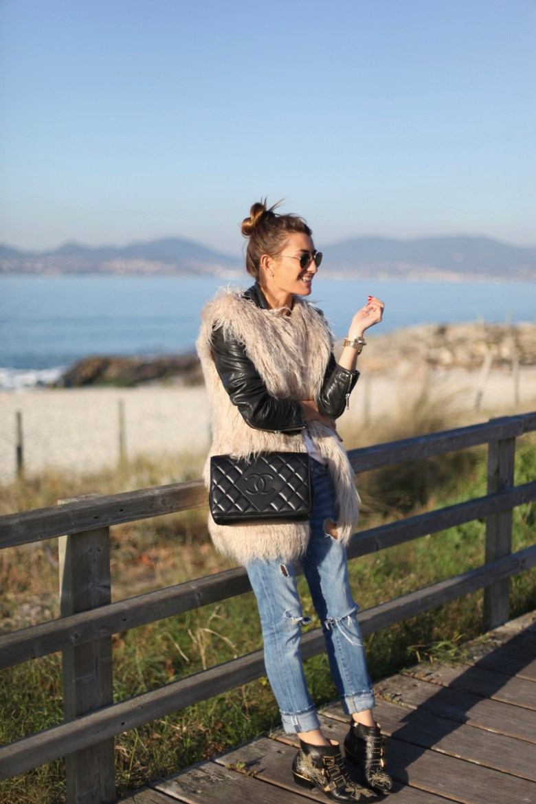 1-bartabac-bartabacmode-faux-fur-jeans-chloe-chanel-bag-beach-blog-blogger-fashion-look-streetstyle-silvia-jpg