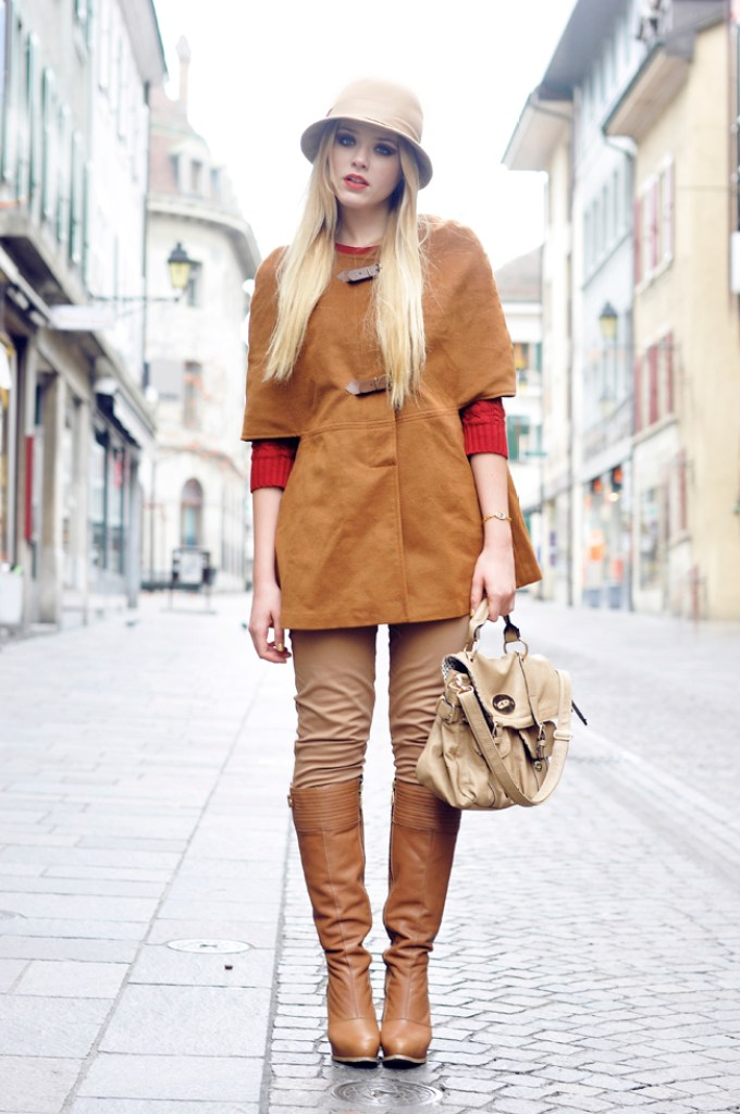 1-chic-boots-and-hat-with-cute-outfit