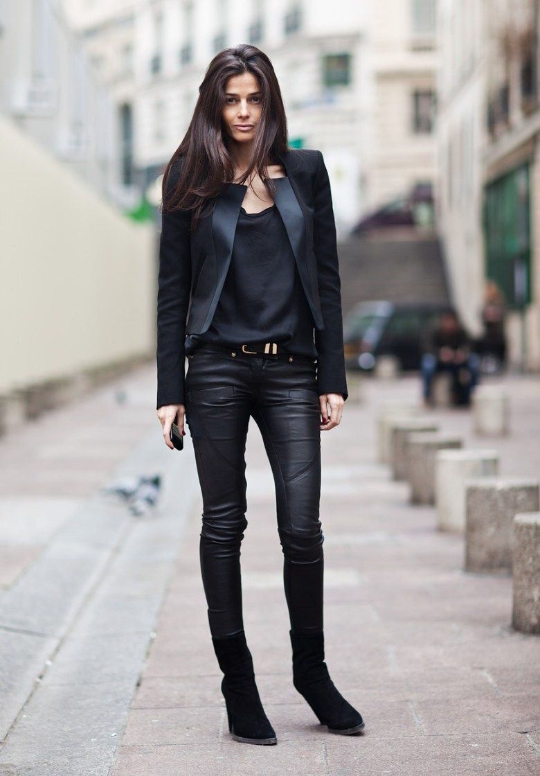 la-modella-mafia-barbra-martelo-model-fashion-editor-street-style-in-all-black-everything-balmain-1