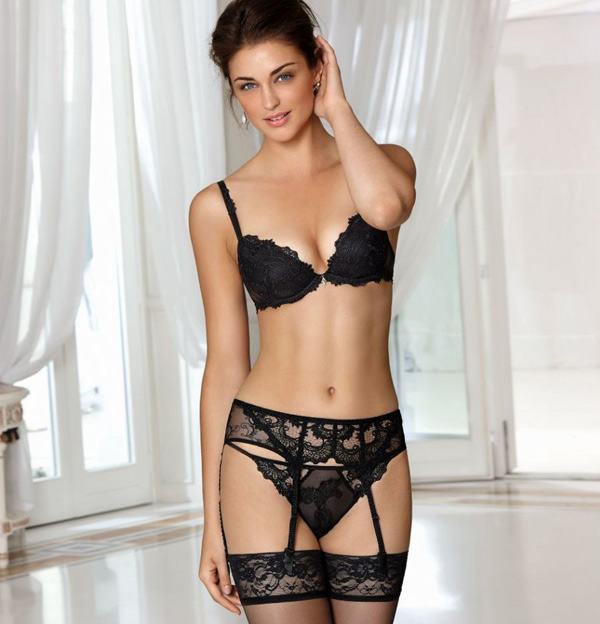 Lise Charmel's Dressing Floral lingerie collection featured on Lingerie Briefs