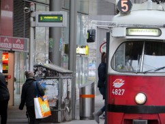 Linie 5-Haltestelle Praterstern
