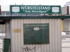 Würstlstand am Nordpol