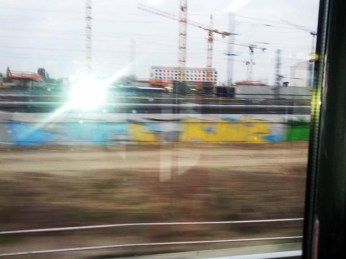 S5 Berlin - Baukräne im Vorbeifahren.