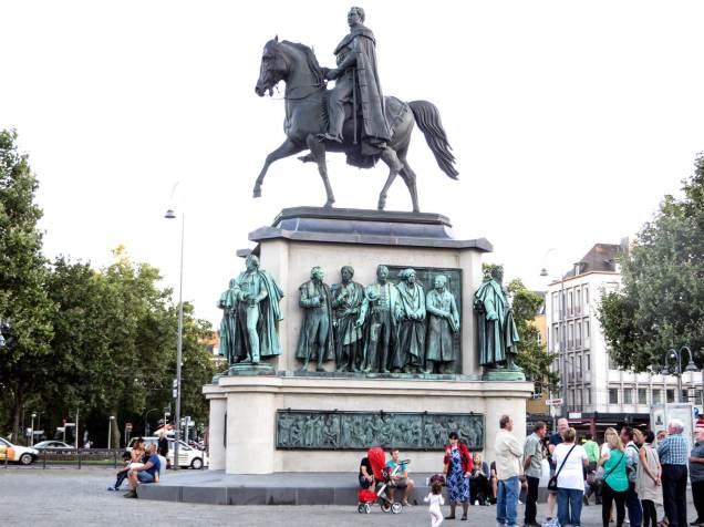 Heumarkt mit Reiterstandbild von König Friedrich Wilhelm III.