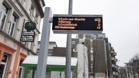 Haltestelle Linie 5 an der Kirche.