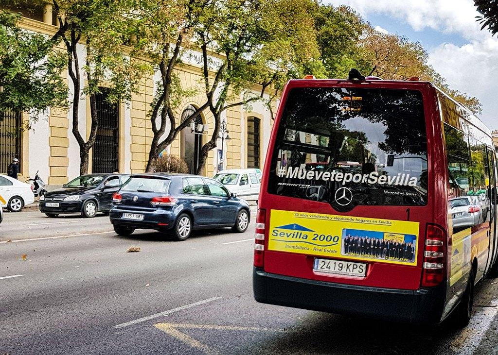 Ein C5-Bus in Sevilla Andalusien, Spanien.