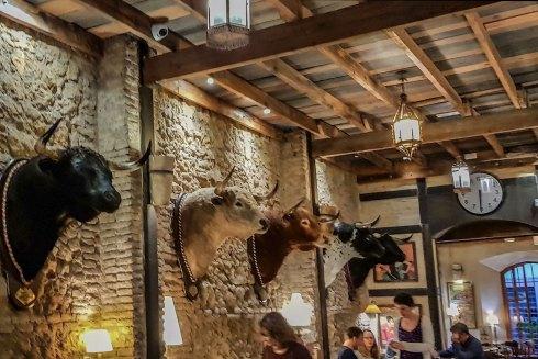 Tapas-Bar bei der Stierkampfarena.