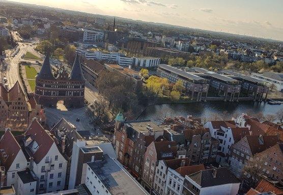 Blick vom Aussichttsturm St. Petri in Lübeck