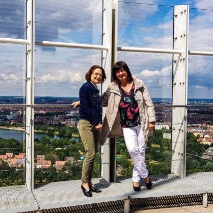 Angelika und Heike auf dem Businesstower Nürnberg
