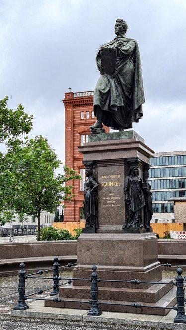 Museumsinsel, Schinkel-Denkmal